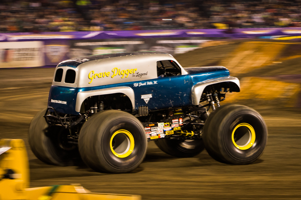 Grave Digger Th...