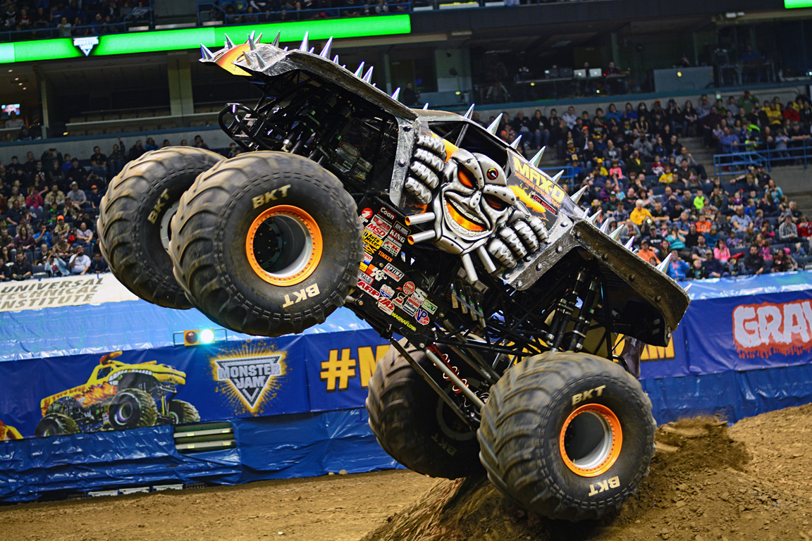 Max-D's Morgan Kane Continues to Lead | Monster Jam