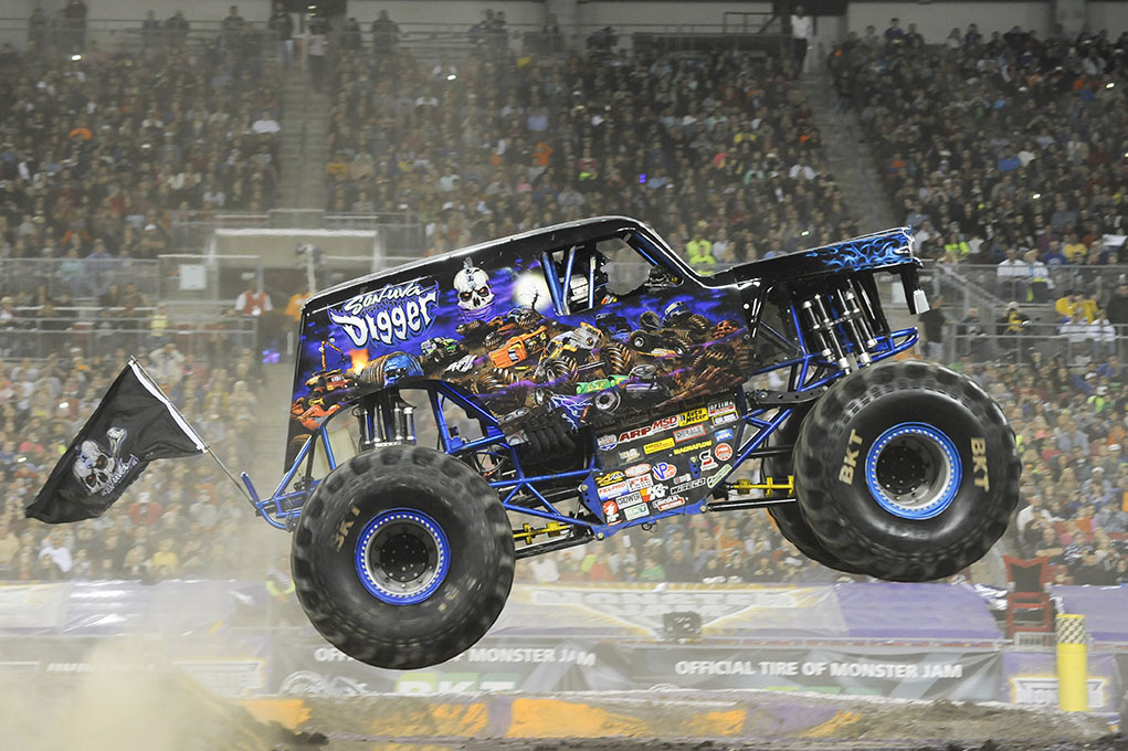 Son Uva Digger Monster Jam