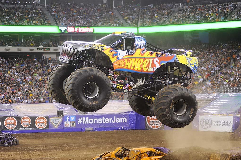 Team Hot Wheels Firestorm Monster Jam